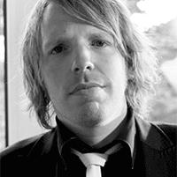 - Seán Walsh, Creatief Directeur
